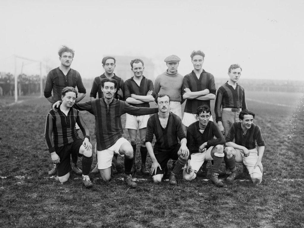 Union_sportive_et_amicale_de_Clichy_en_1919_JPEG
